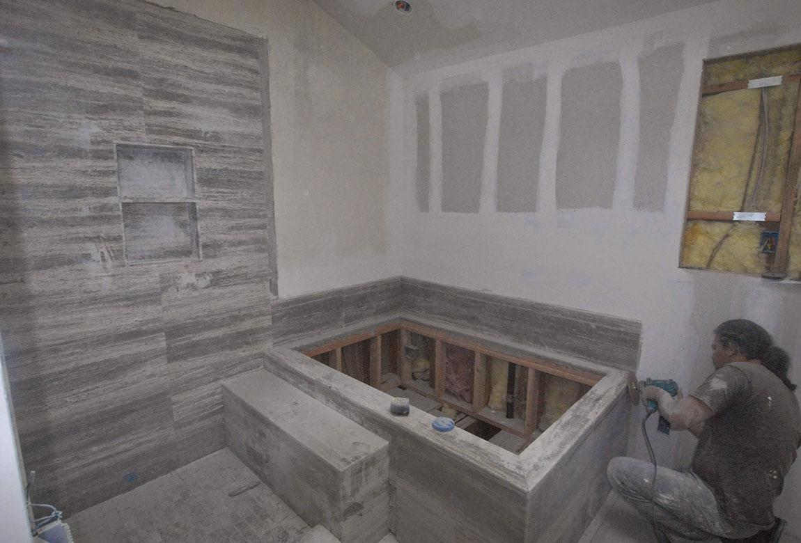 Culver-city-master-bathroom-4